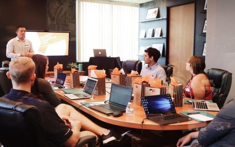 Daftar Aplikasi Presentasi Gratis (Offline) PC / Laptop ...
